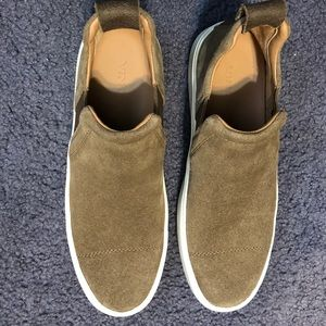 VINCE tan loafers/sneakers MENS 7